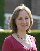 elisabeth photo2.jpg