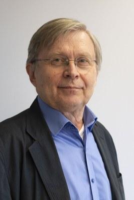 Heikki Lyytinen's UNESCO chair extended