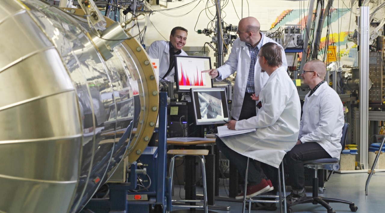 The physics and chemistry research infrastructures of the University