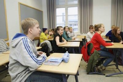 Yläkouluun siirtyminen huolestuttaa nuoria jo ennalta