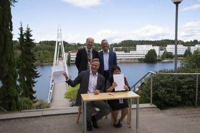 Jyväskylän yliopiston Nanotiedekeskus osaksi kansainvälistä nanotiedekeskusten verkostoa