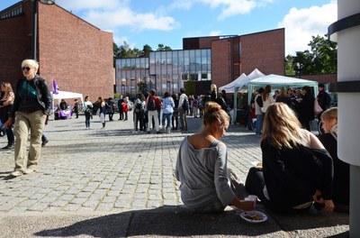 Yhdentoista yliopiston yhteishanke luo vaihtoehtoja yliopistojen todistusvalinnalle