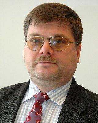 8.11.2018 Virolaisten toimittajien autonomia on vähentynyt (Loit)