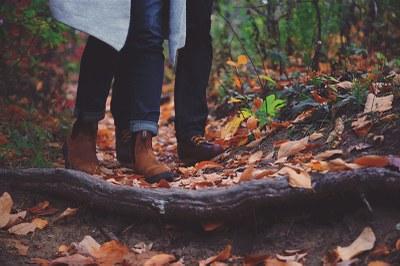 Parisuhteen muutos vaikuttaa askelmääriin; eronneet miehet ja parisuhteen aloittaneet naiset vähentävät aktiivisuuttaan