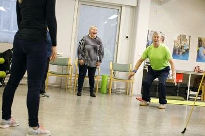 Sinnikkyys ja joustavuus omien tavoitteiden suhteen saa ikääntyneet liikkeelle