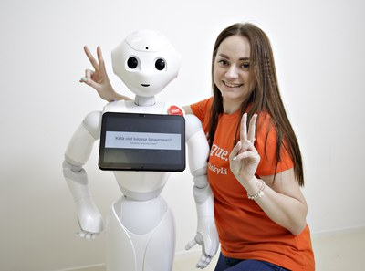 Sosiaaliset robotit ovat miellyttäviä ja ihmisenkaltaisia