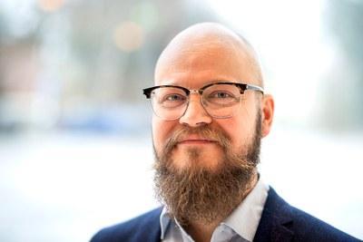 Tommi Jantunen suomalaisen viittomakielen professuuriin