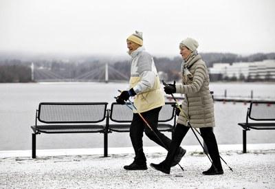 Hyvä terveyden lukutaito edistää terveyttä iäkkäillä