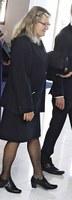 lyhyt musta puku