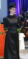 musta, pitkähihainen puku