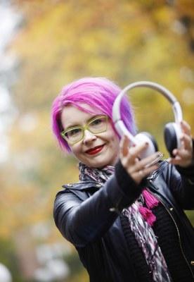 Henna-Riikka Peltola: Taiteesta hyvinvointia, hyvinvoinnista taidetta?