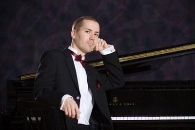 Pianisti Henrik