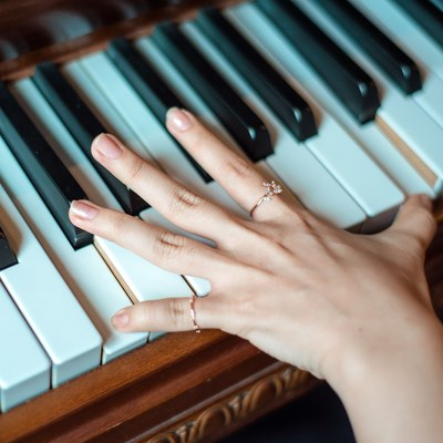 Study of music therapy can help millions