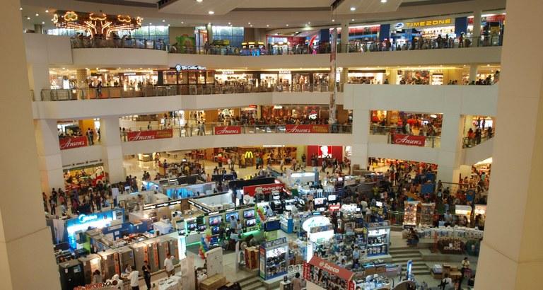 mall-591337.jpg