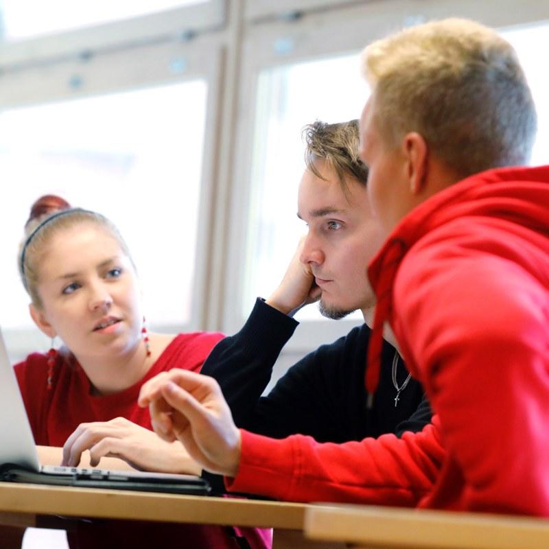 Matemaattis-luonnontieteellinen tiedekunta — Jyväskylän yliopisto